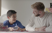 Bliv frivillig mentor for et anbragt barn